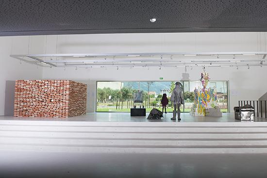 Exposição Casa-Posse-Lar, na Casa das Artes de Miranda do Corvo